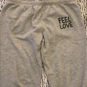 Peace Love World sweatpants gray size xl